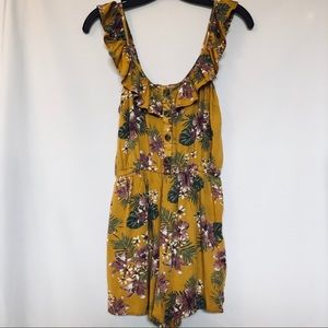 3/35 Romper mustard and floral. Size small